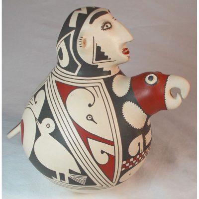 Mata Ortiz Pottery by Gerardo Tena