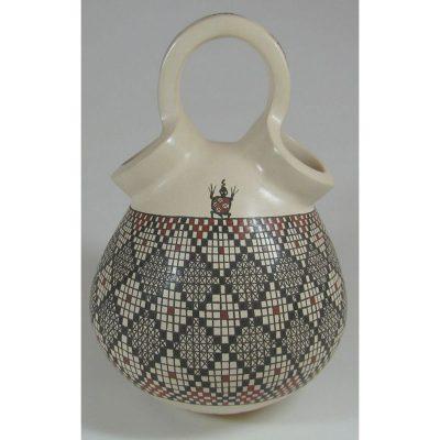 Mata Ortiz Pottery by Carmen Veloz