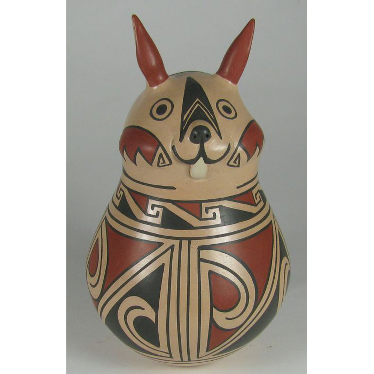 Mata Ortiz Pottery by Lourdes Villalba