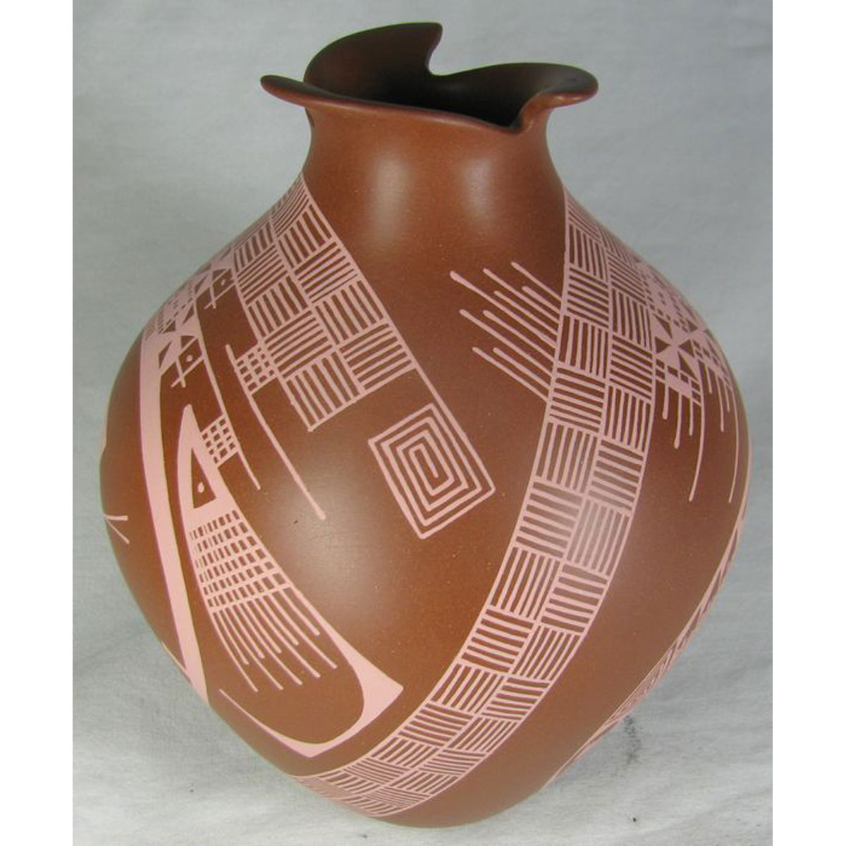 Mata Ortiz Pottery by Trini Silveira