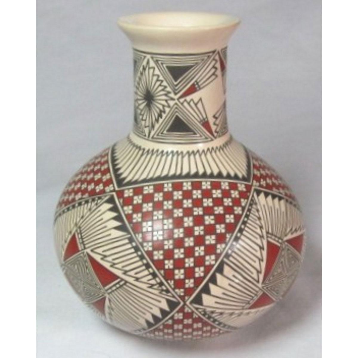Mata Ortiz Pottery by Blanca Quezada