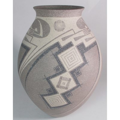 Mata Ortiz Pottery by Jose Quezada