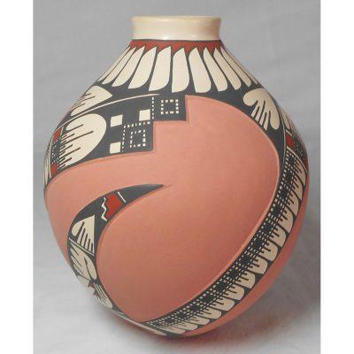 Mata Ortiz Pottery by Lazaro Ozuna