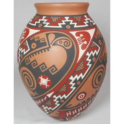 Mata Ortiz Pottery by Enrique Pedregon