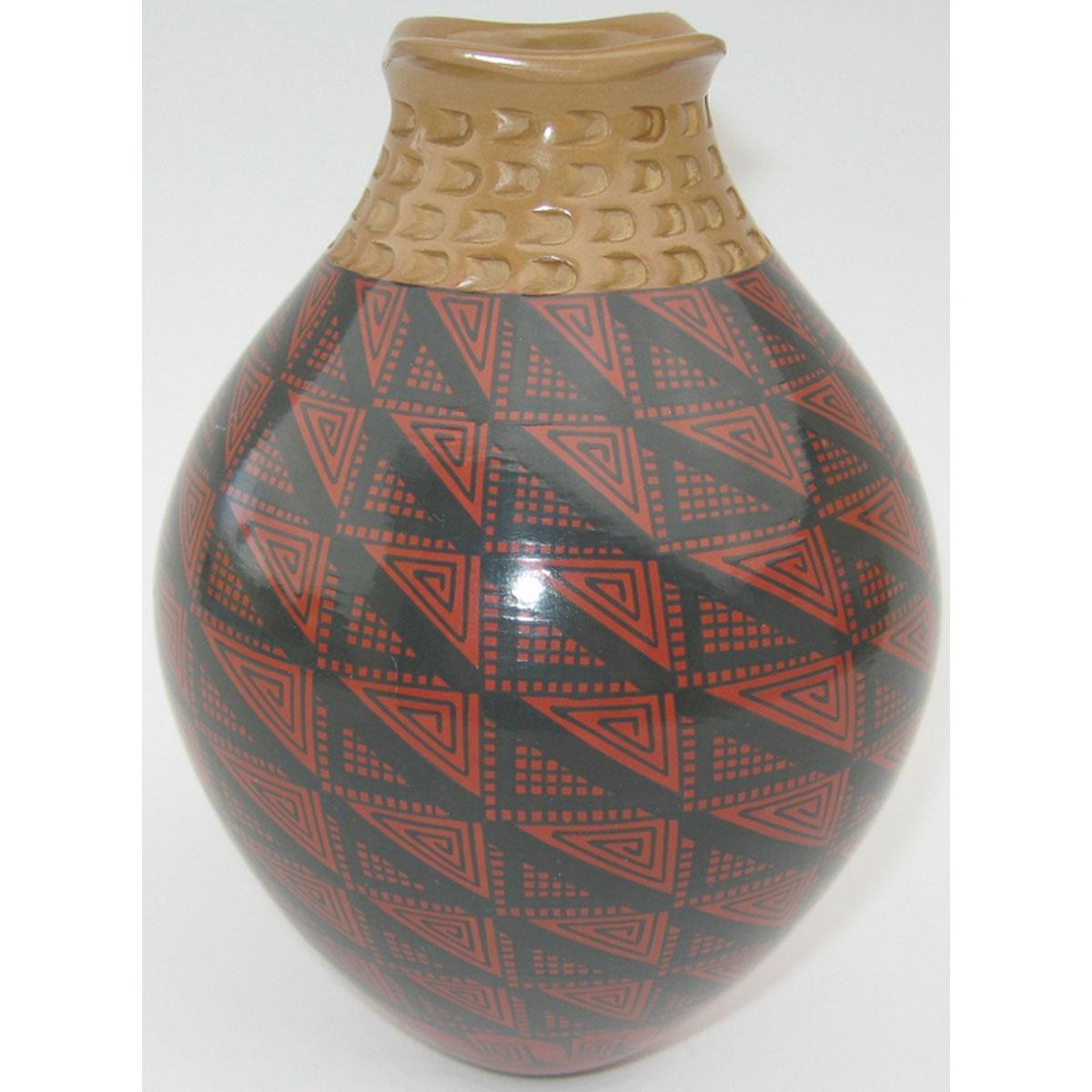 Mata Ortiz Pottery, Chihuahua Trini Silveira Mata Ortiz Pottery