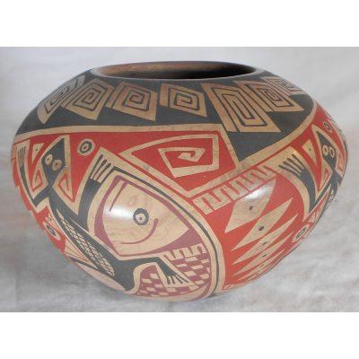 Mata Ortiz Pottery by Virginia Hernandez