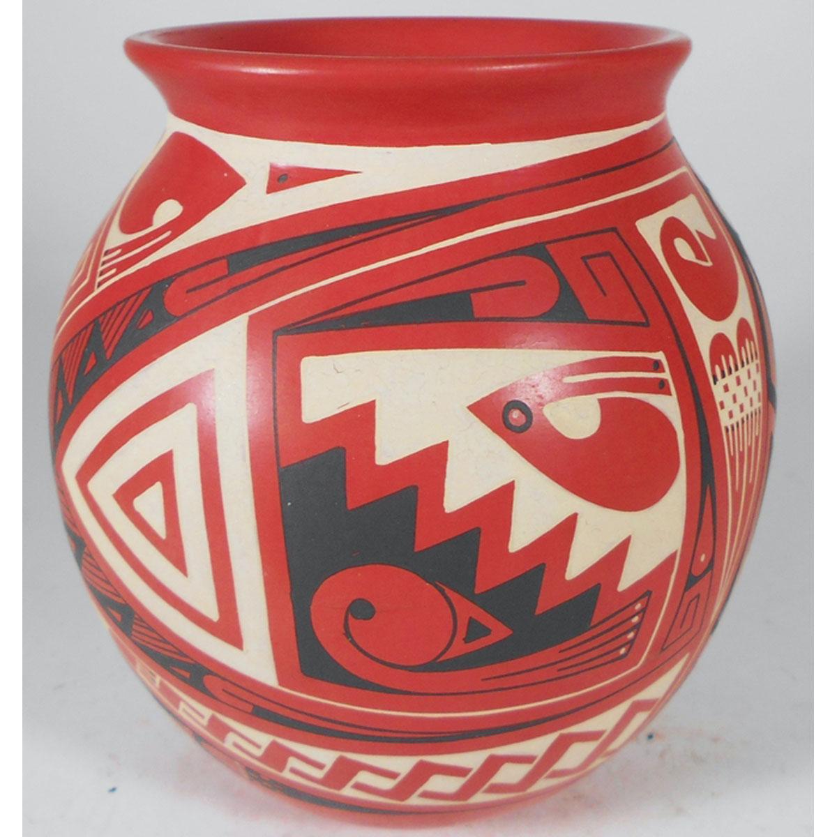 Mata Ortiz Pottery by Cesar Navarette Ortiz