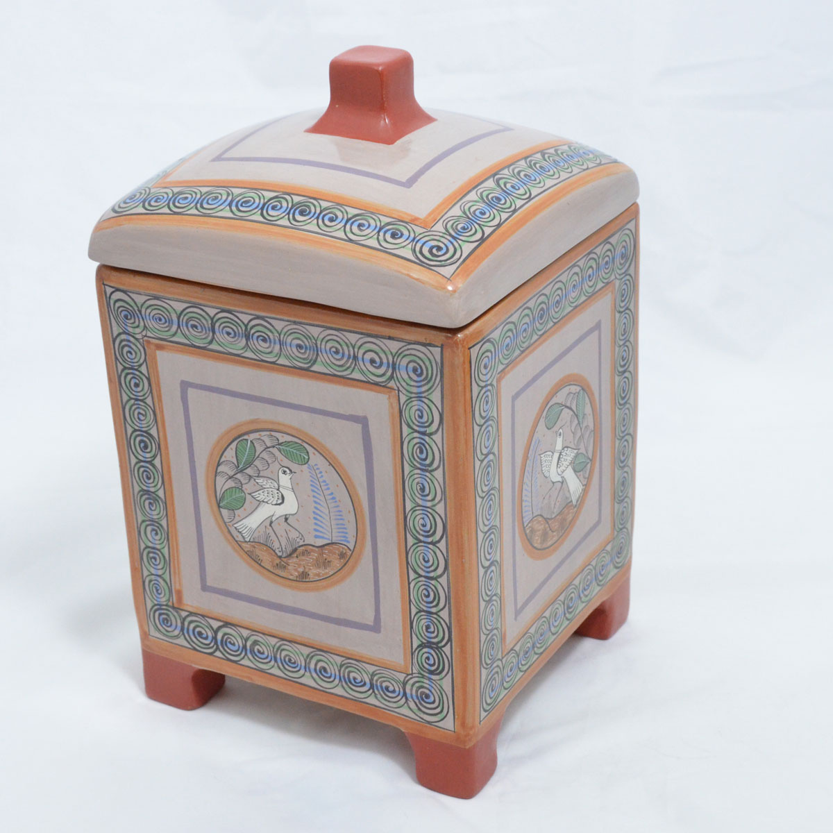 Jose Luis Cortez : Box with Lid featuring Birds