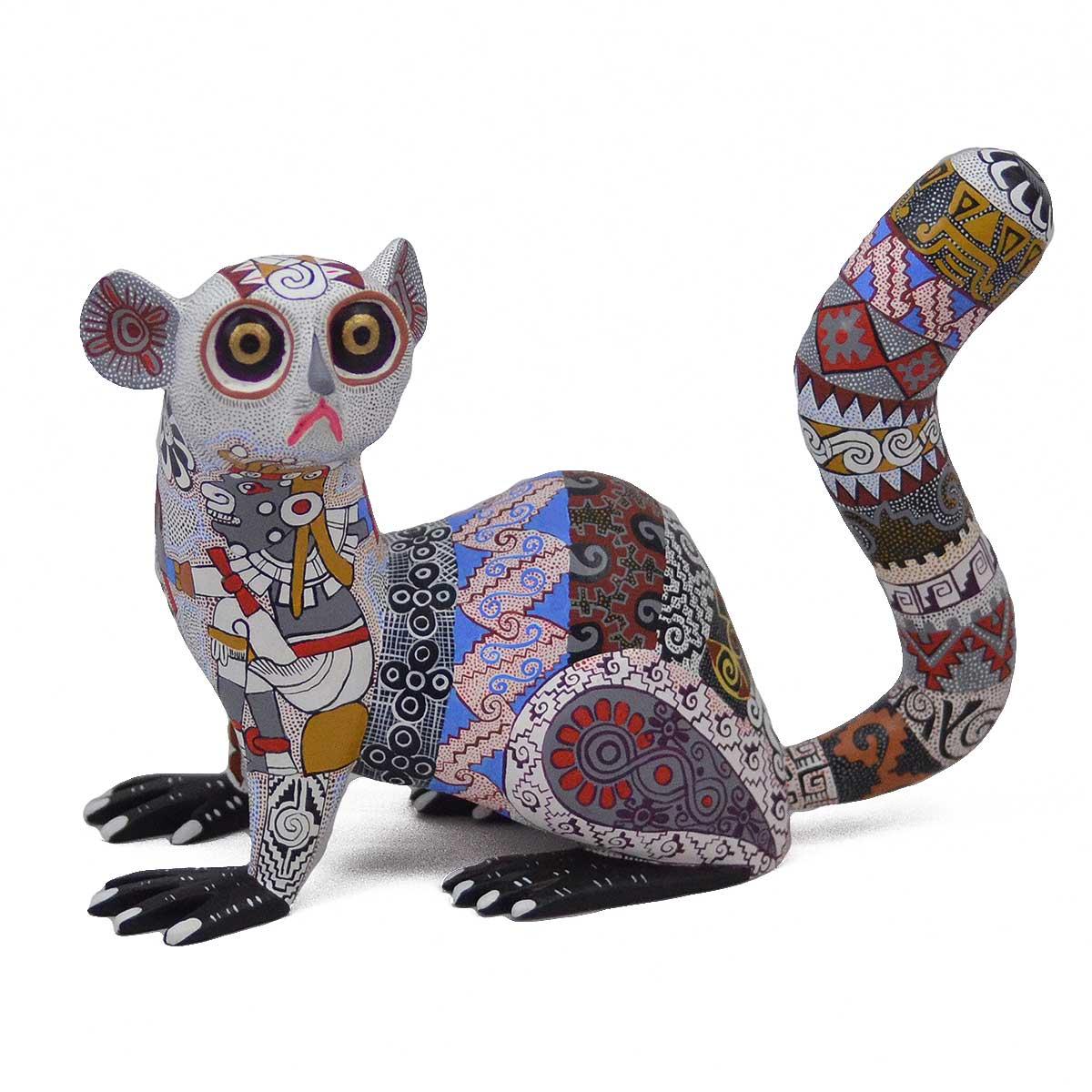 Oaxacan Wood Carving: Bertha Cruz Lemur