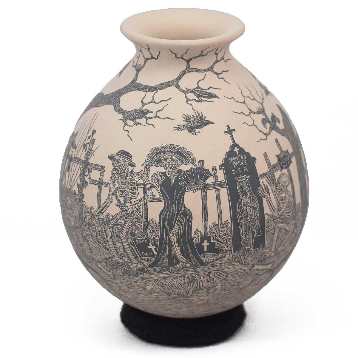 Mata Ortiz Pottery: Javier Martinez & Gaby Perez: Etched Day of the Dead / Día de los Muertos