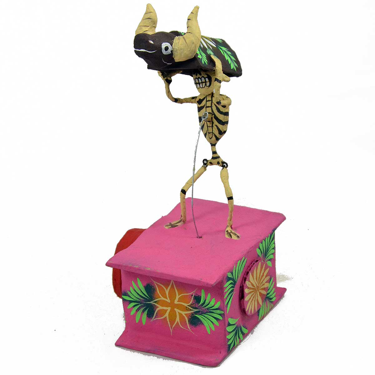 Mechanical Folk Art Josue Eleazar Castro: Dance of the Little Bull cartoneria