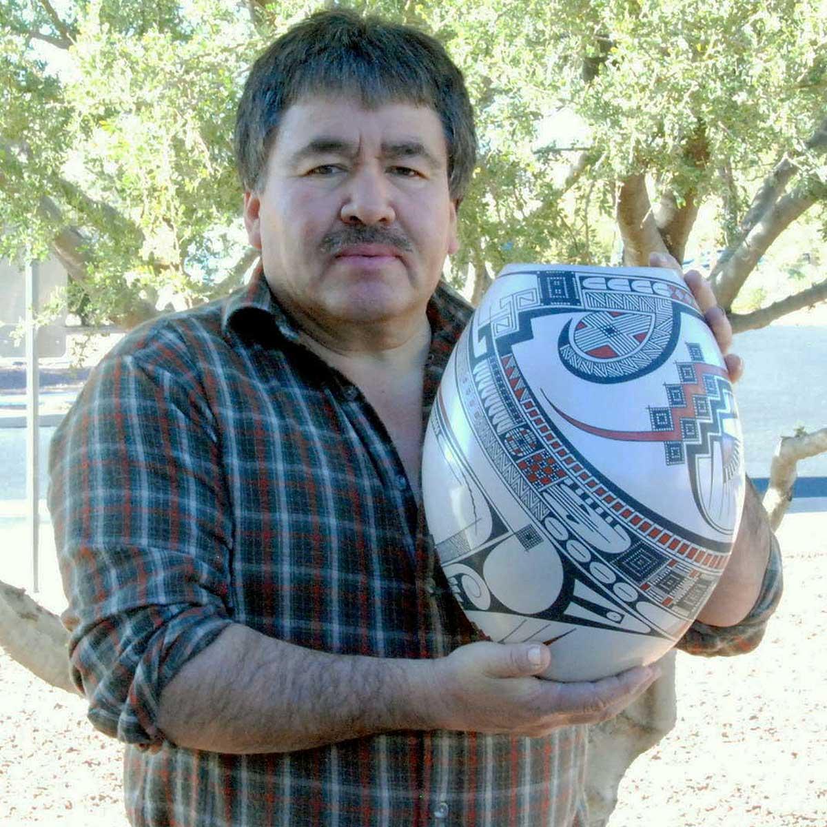 Jorge Quintana Jorge Quintana: Small Marbleized Blue Pot Polychrome