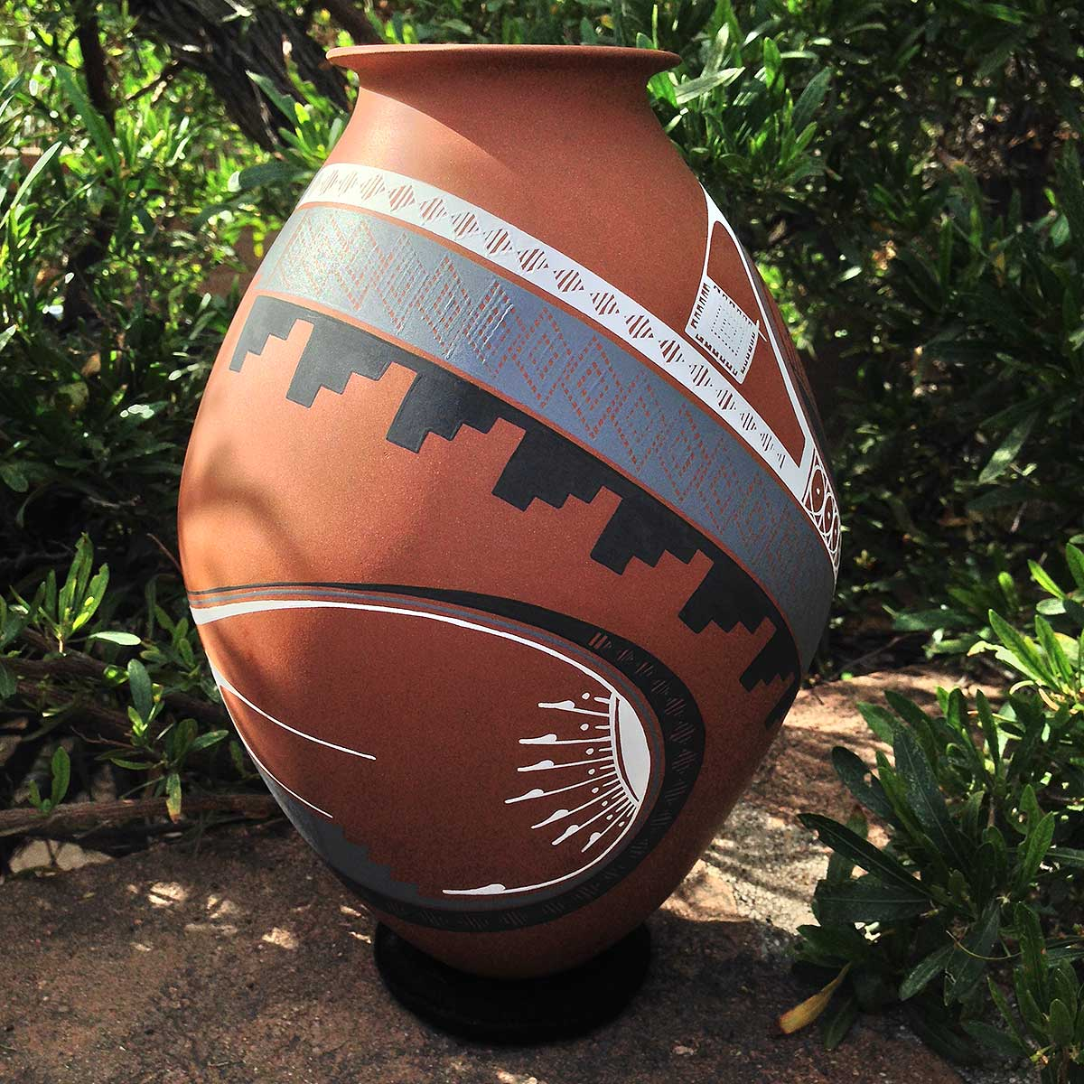 Aide Gonzalez Aide Gonzalez Exclusive Brown Masterpiece Mata Ortiz Pottery
