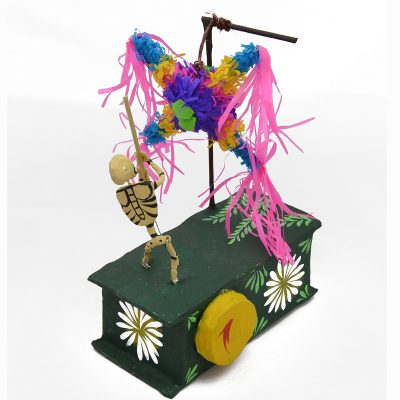 Mechanical Folk Art Josue Eleazar Castro: Piñata cartoneria