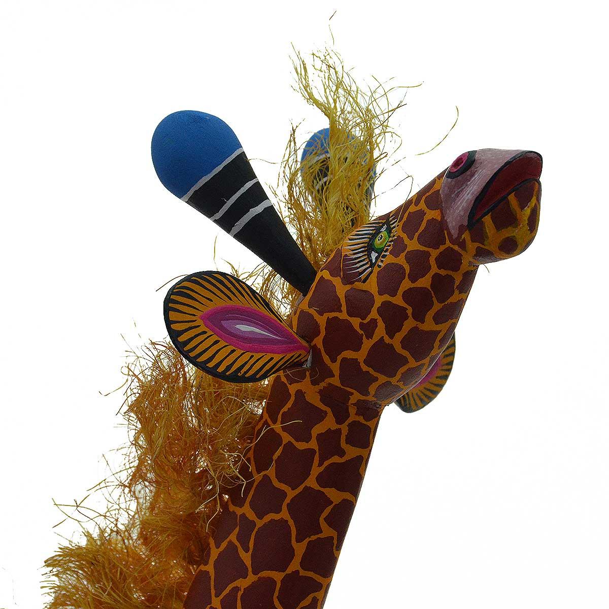 Epifanio Fuentes: Large Giraffe