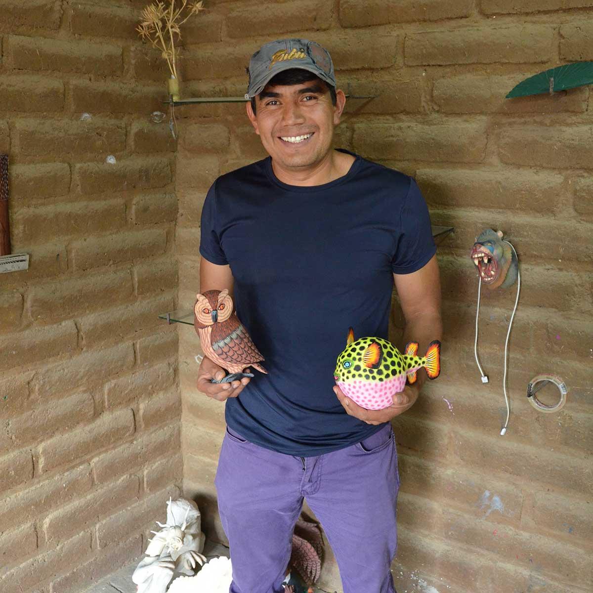 Eleazar Morales Eleazar Morales: Kangaroo Alebrijes