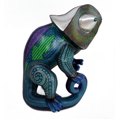 Jacobo and Maria Angeles Jacobo and Maria Angeles Workshop: Silverleaf Museum Quality Chameleon – Just Completed! Chameleon