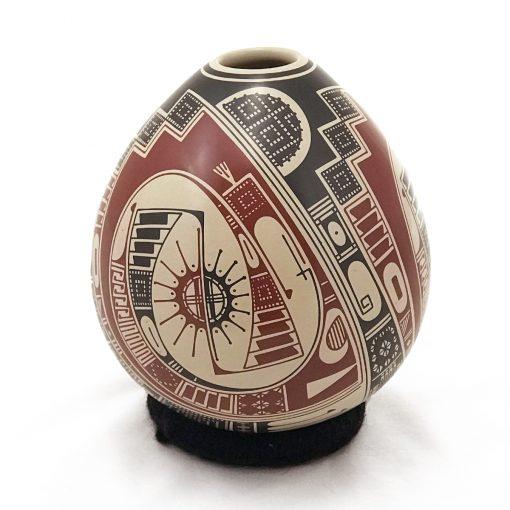 Gerardo Pedregon Ortiz Gerardo Pedregon Ortiz: Medium Polychrome Mata Ortiz Pottery