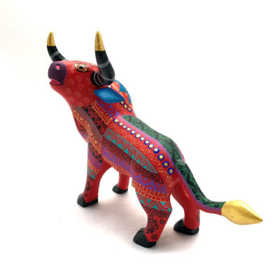 Oaxacan Wood Carving Abundio Munoz: Bull bulls