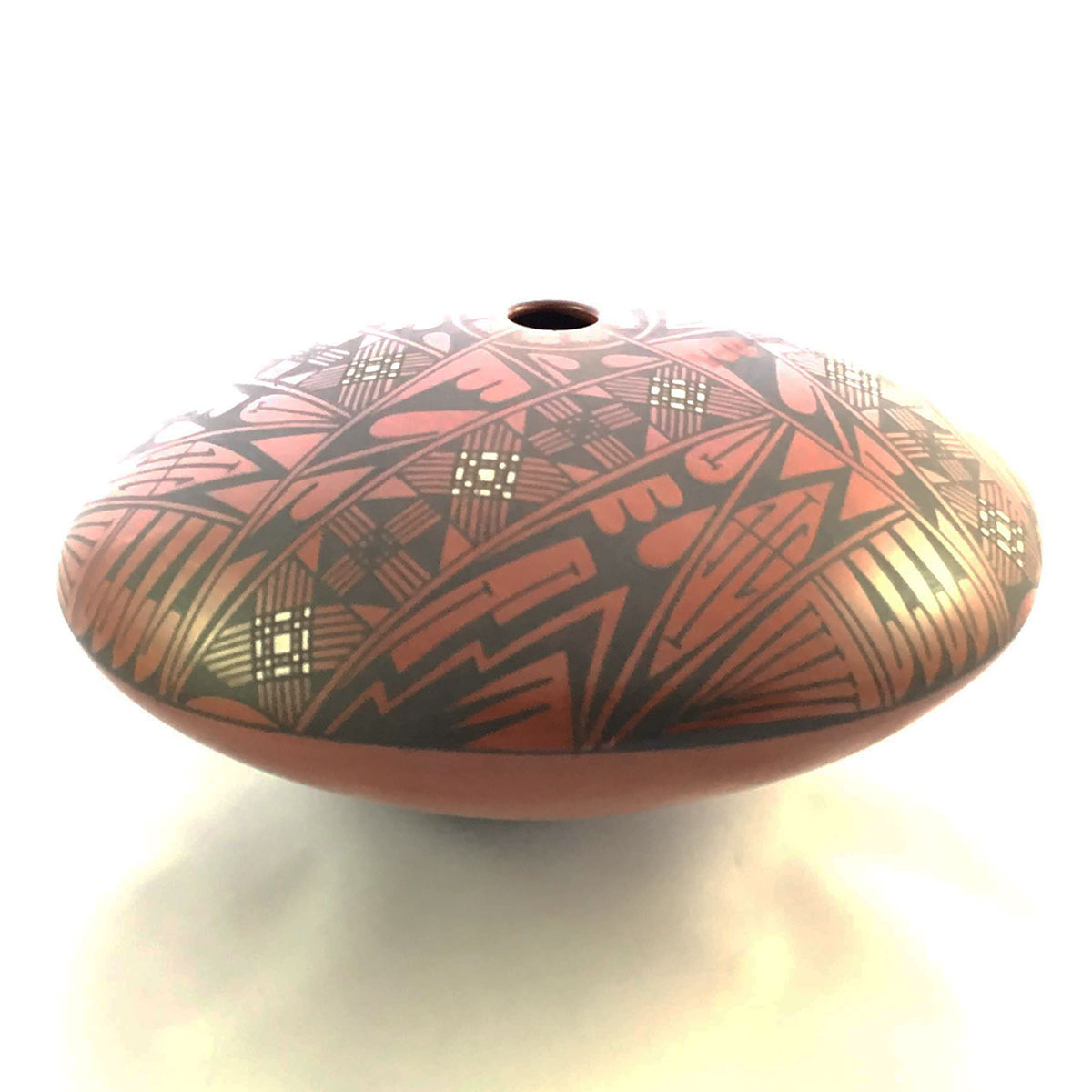 Luis Lopez Luis Lopez: Medium-sized Pot Mata Ortiz Pottery