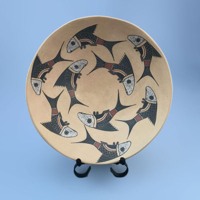 Roberto Banuelos Roberto Bañuelos: Mid-sized Fish Plate Fish