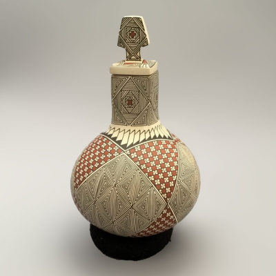 Blanca Quezada Blanca Quezada: Small Geometric Pot with Lid Geometric
